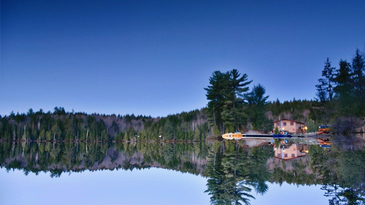 Aux berges du lac Castor